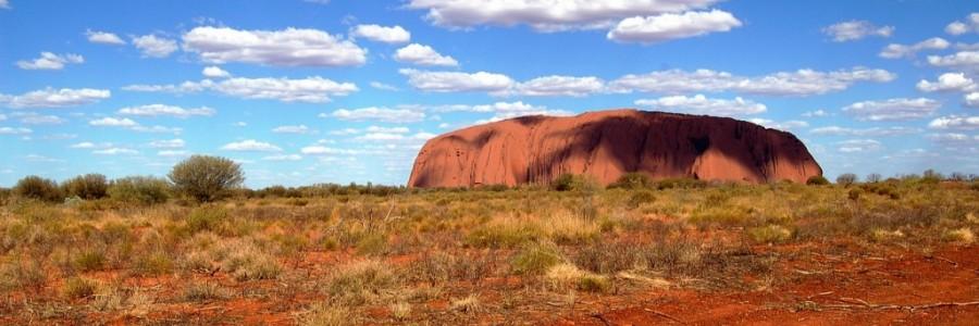 オーストラリアの世界遺産・ウルルカタジュダ国立公園
