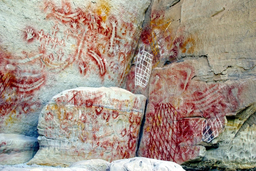 rock-art-375225_1920