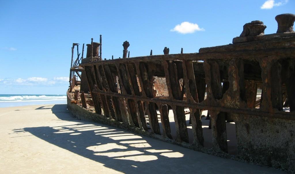 ship-wreck-338088_1280