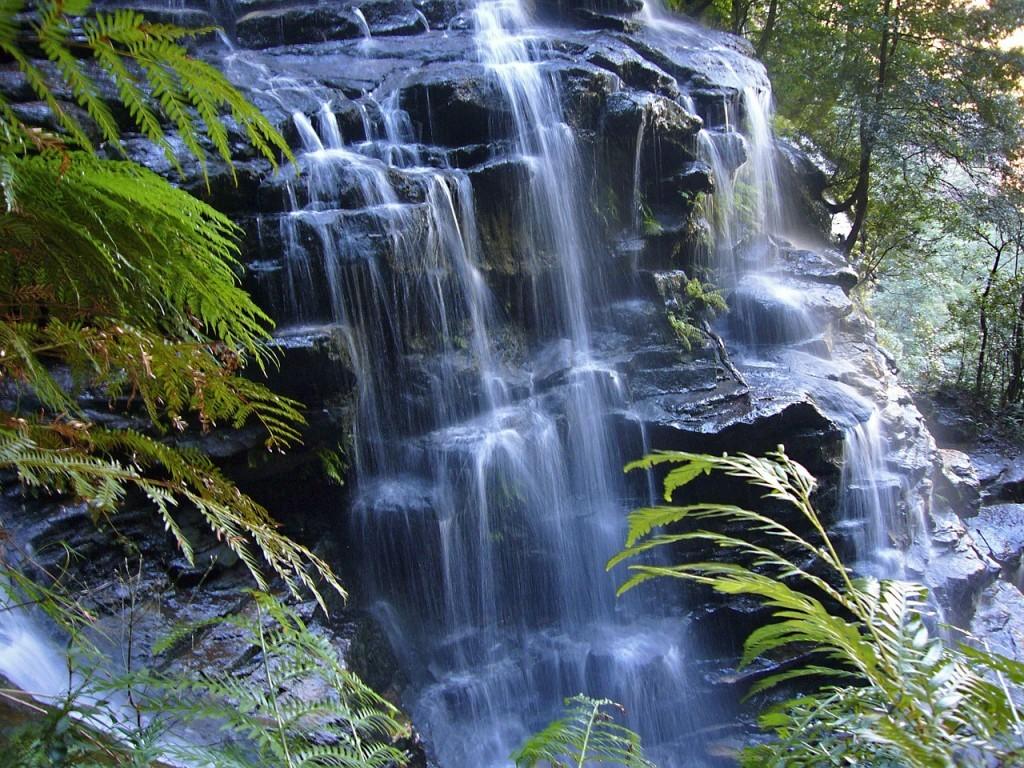 waterfall-410192_1280