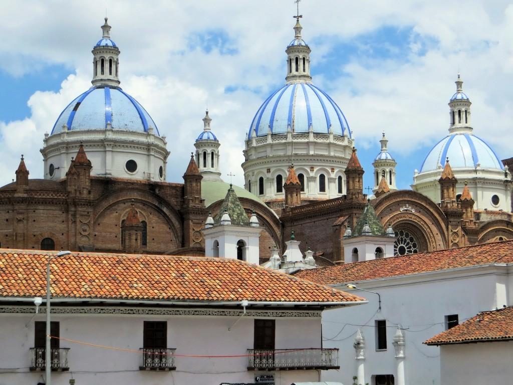 エクアドルの世界遺産:サンタ・アナ・デ・ロス・リオス・クエンカの歴史地区