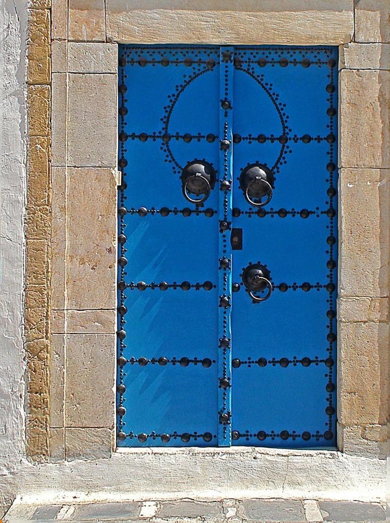 the-door-420859_1280