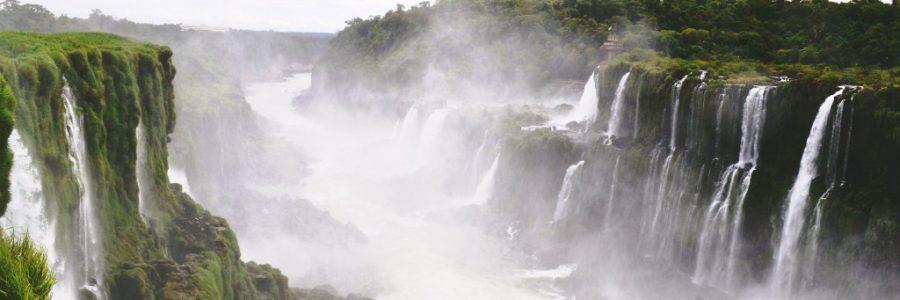 アルゼンチンとブラジルの世界遺産・イグアスの滝