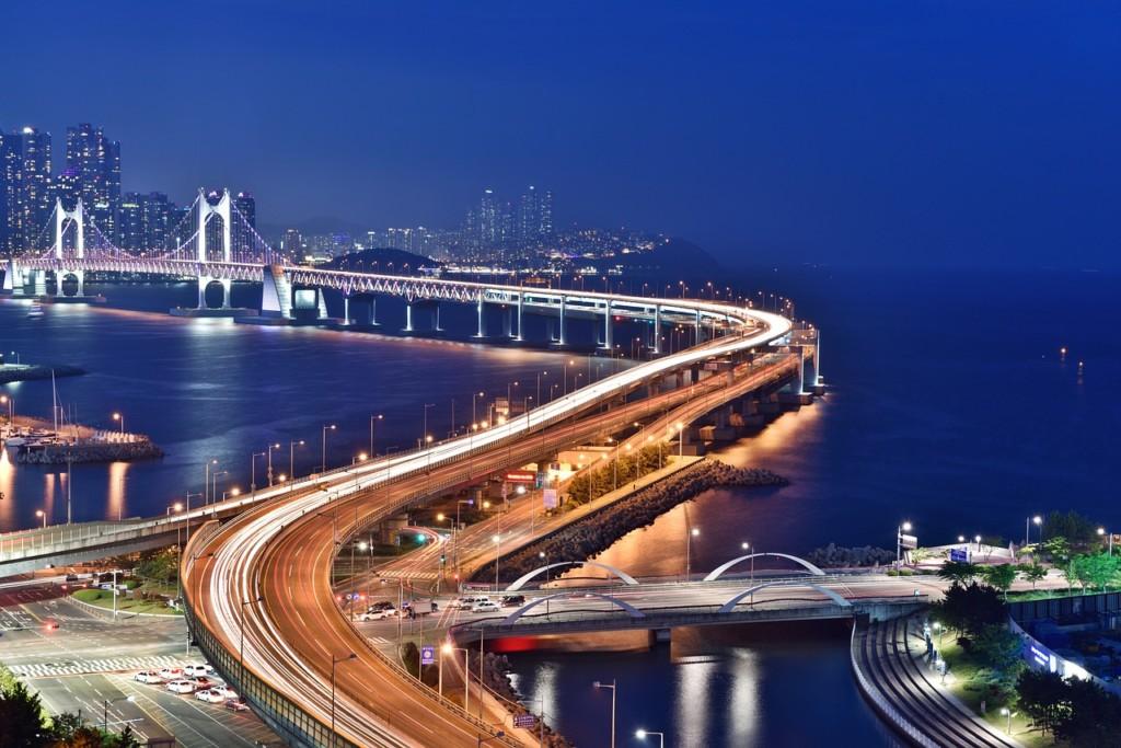 韓国への行き方は飛行機だけじゃない!日本と韓国を結ぶフェリーと高速船!