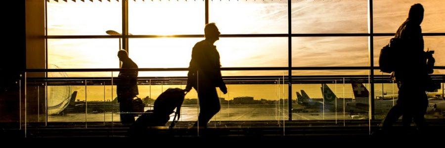 飛行機の航空券情報