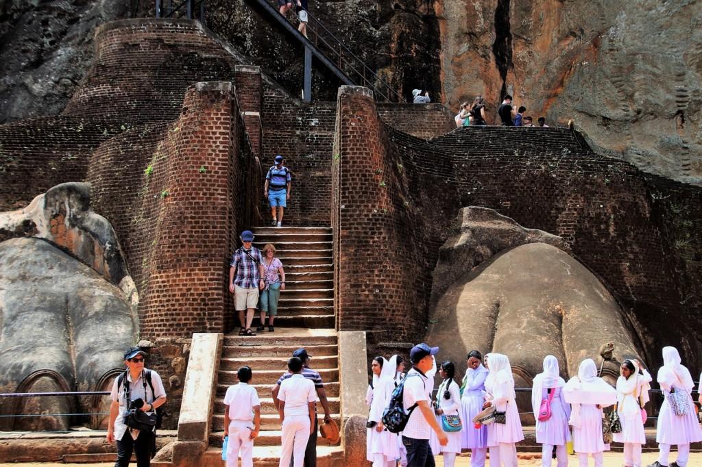 スリランカの遺跡:古代都市シギリヤ・ロックの歴史と世界遺産登録の理由